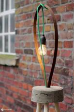 DIY Lampe mit Textilkabel und Beton