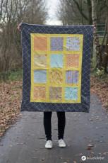 Einfache Babydecke aus Quadraten