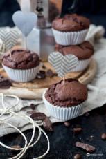 Schoko-Espresso-Muffins mit Cheesecakekern