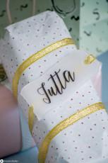 DIY Geschenkanhänger aus Schrumpffolie