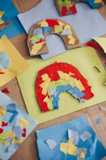 Basteln mit Kindern – DIY Schnipsel-Regenbogen