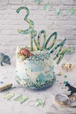 Semi Naked Cake – Dino Geburtstagstorte selbermachen