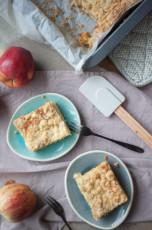Apfelmus-Streusel Blechkuchen