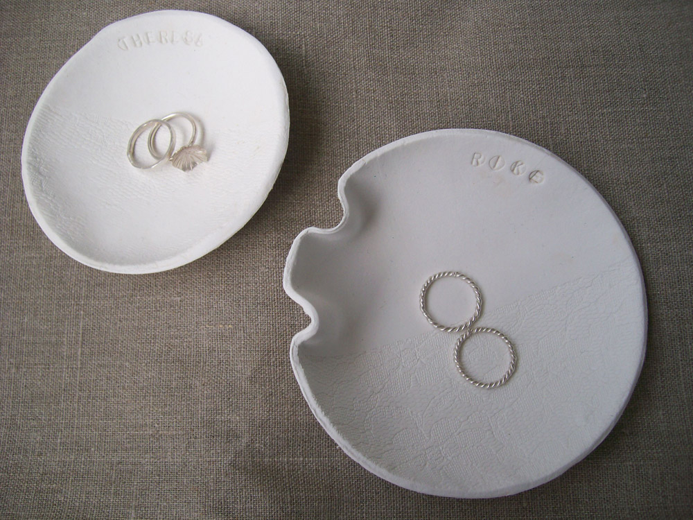 zwei ringschälchen