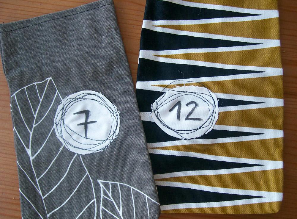diy adventskalender aus stoff selbermachen n hideen. Black Bedroom Furniture Sets. Home Design Ideas