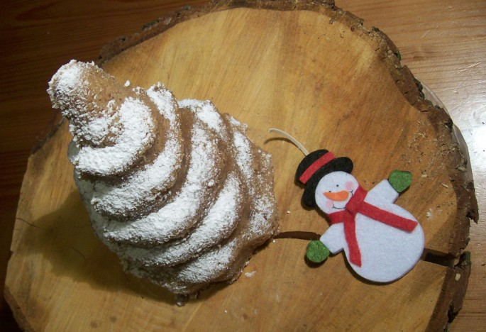 Weihnachtskuchen Puderzucker