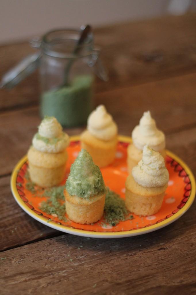 Vanille Cupcakes mit Glitzerzucker