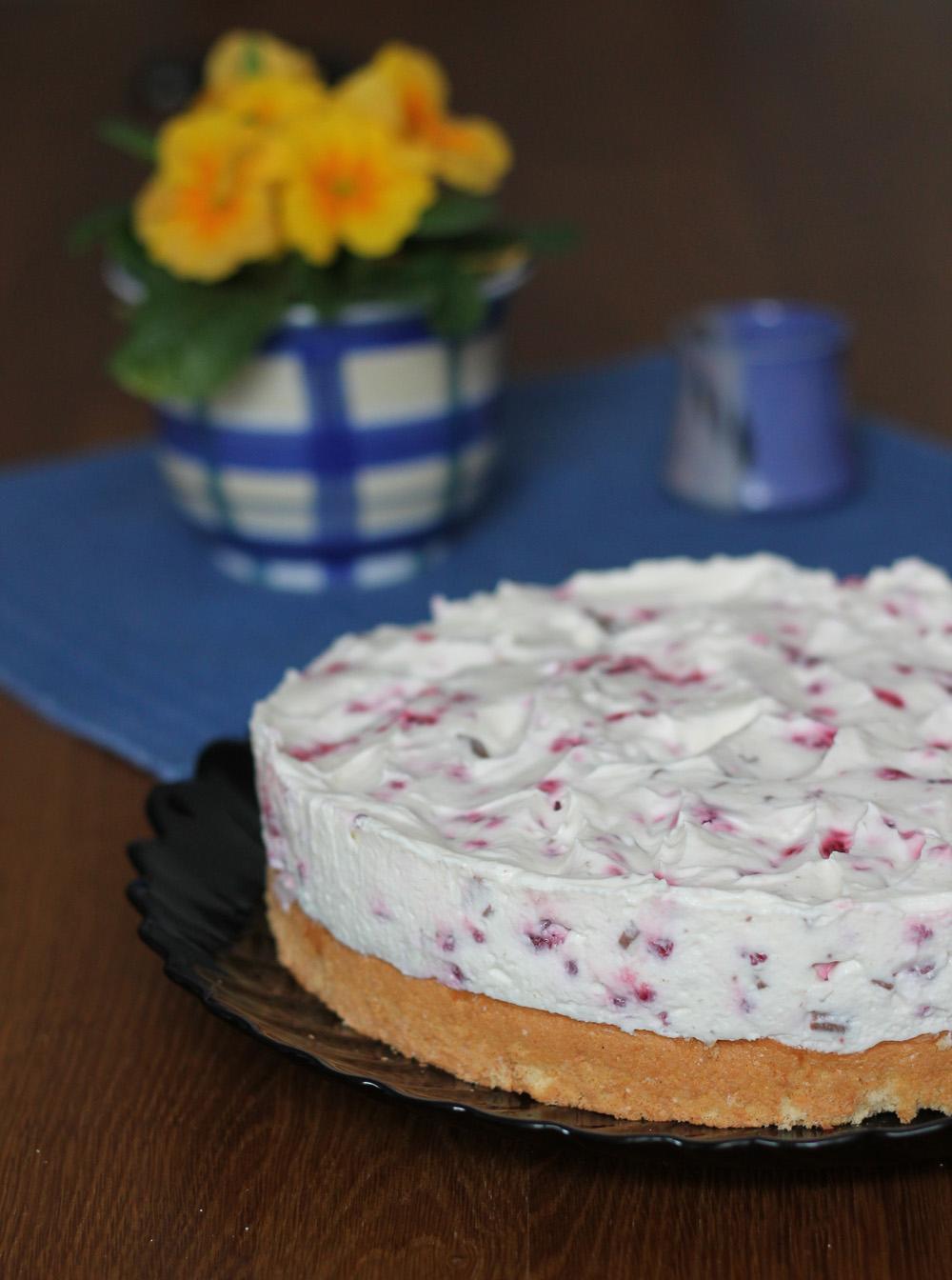 sonntagskuchen himbeer yogurette torte rezept mit joghurt. Black Bedroom Furniture Sets. Home Design Ideas