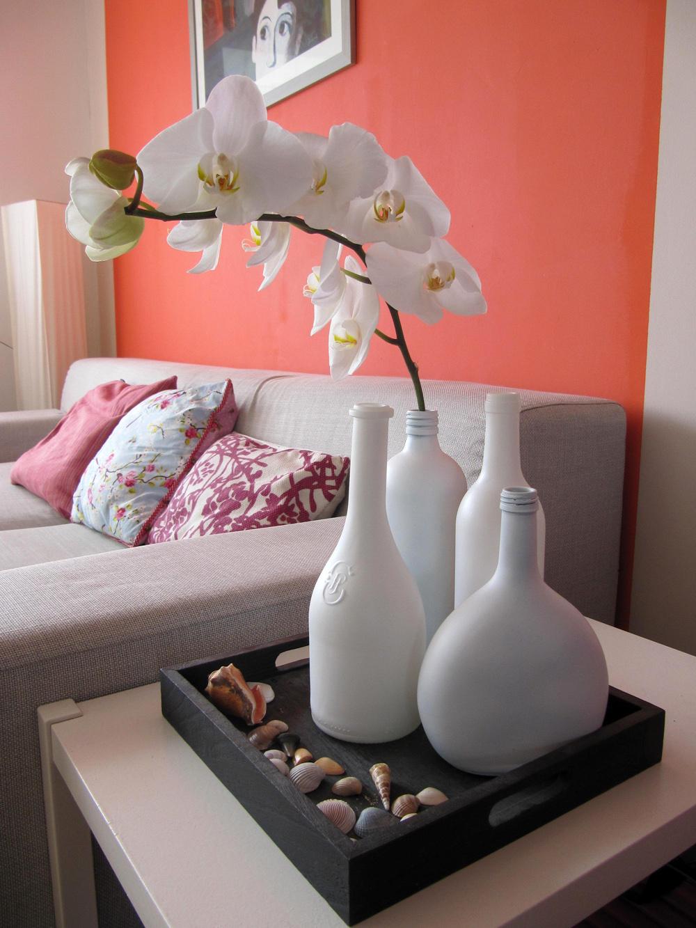 dekovasen aus flaschen selbermachen diy. Black Bedroom Furniture Sets. Home Design Ideas