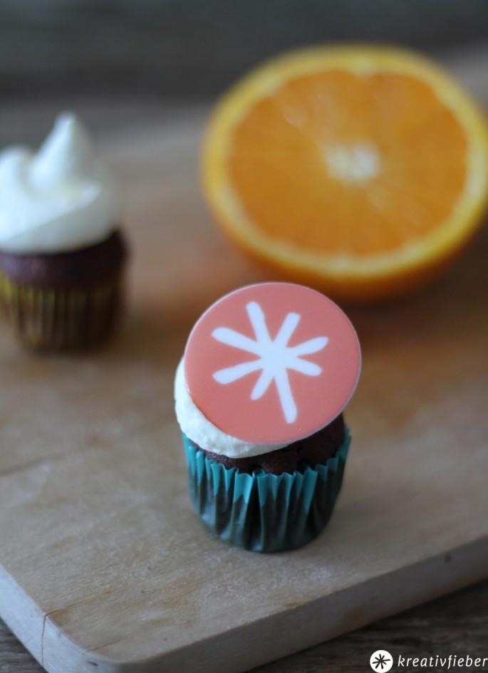 schokoladen cupcakes mit orangen mascarpone topping. Black Bedroom Furniture Sets. Home Design Ideas