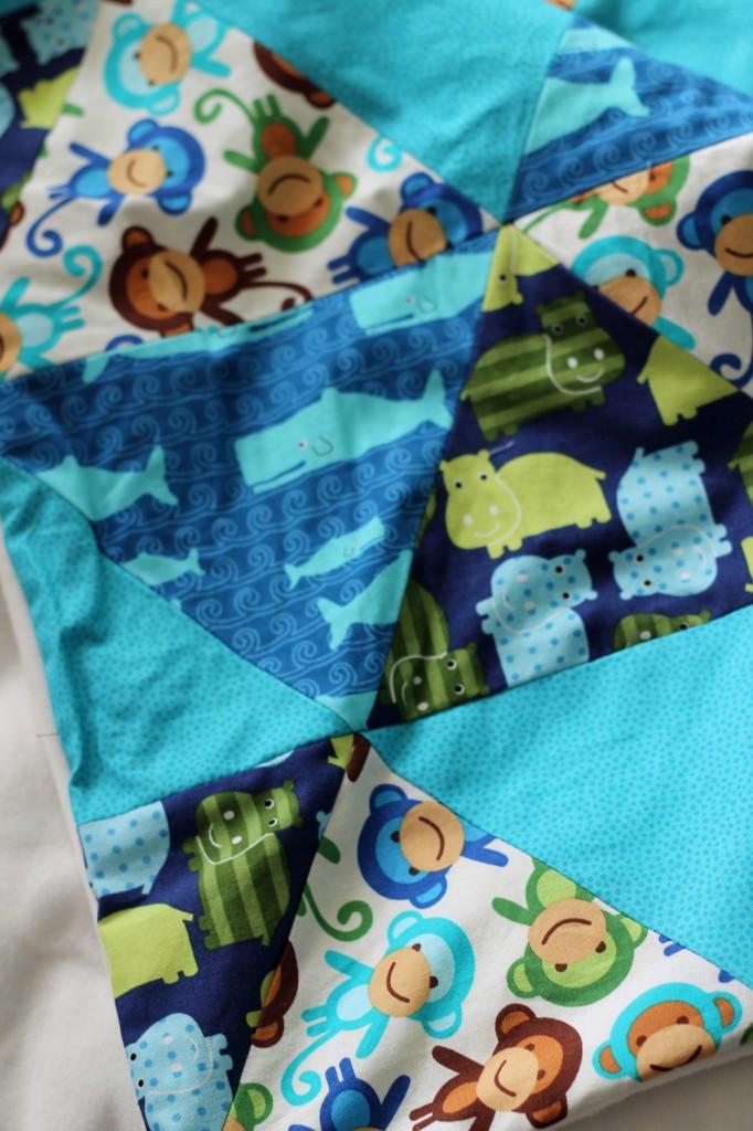 babydecke patchwork dreiecke