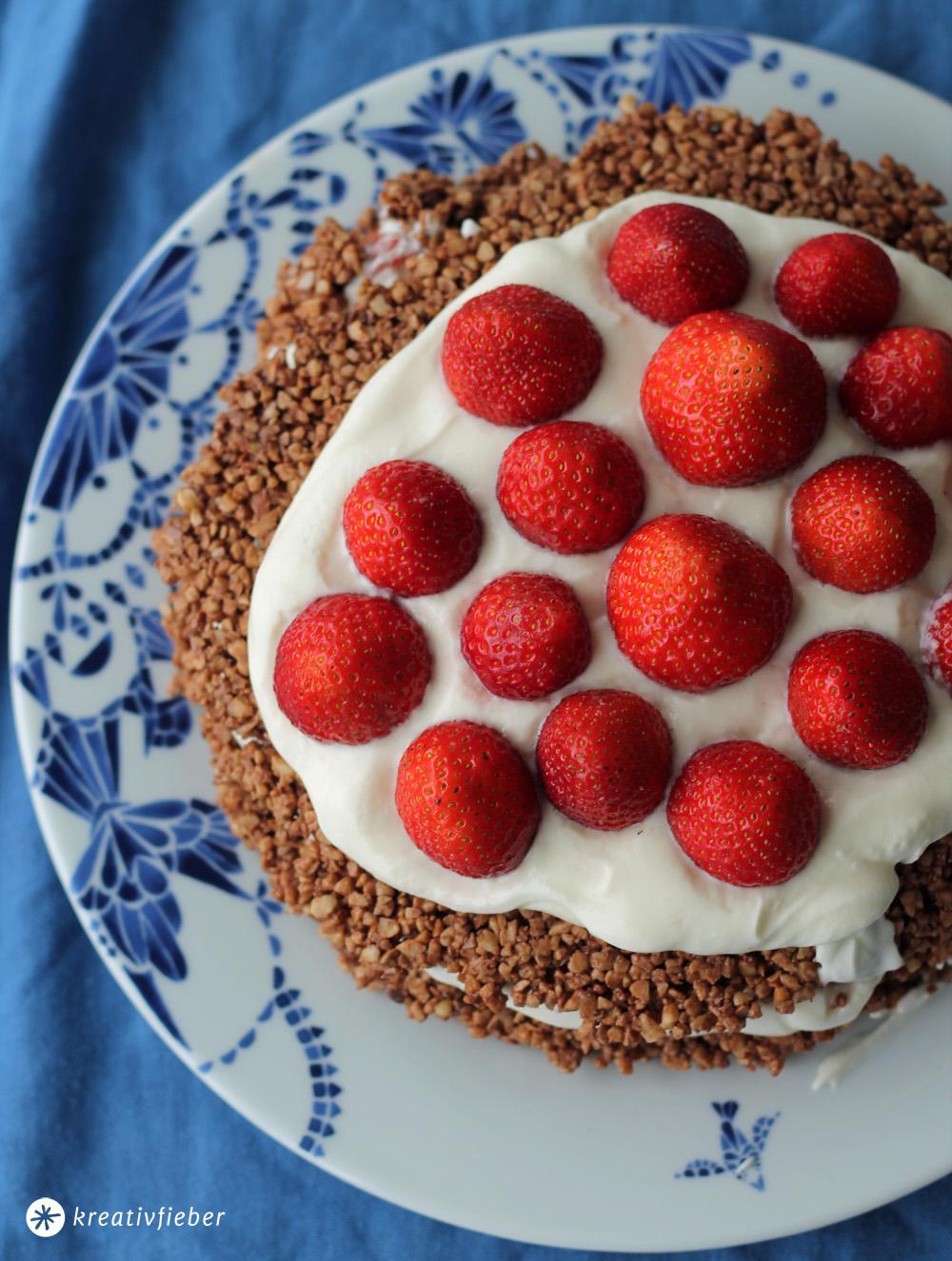 erdbeer nougat törtchen