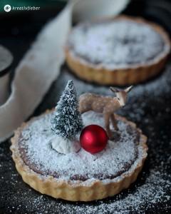 Schoko-Tartelettes-mit-Pecannuessen