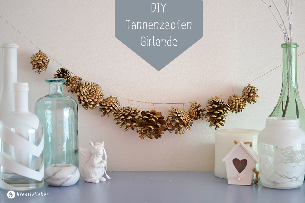 Diy goldene girlande aus tannenzapfen - Goldene wanddeko ...
