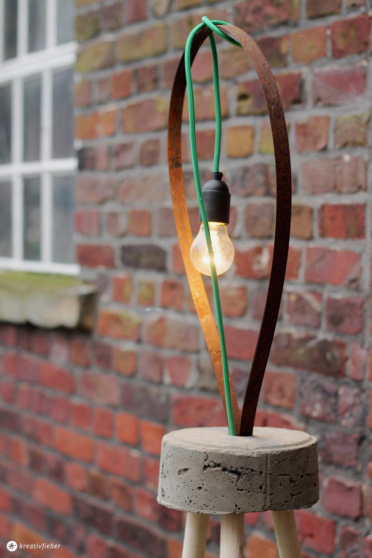 Diy Lampe Mit Textilkabel Und Beton Diy Stehleuchte