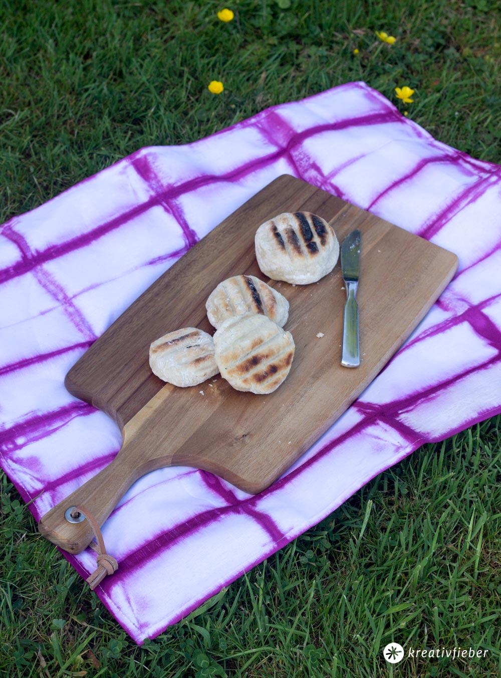 Shibori-Batik-Geschirrtuch-färben-DIY-Anleitung-Schritt-für-Schritt