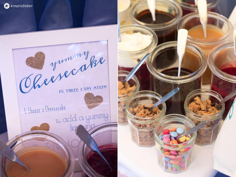 Toppings-und-Soßen-für-ein-DIY-Cheesecake-Topping-Buffet-DIY-Hochzeit-Sweet-Table