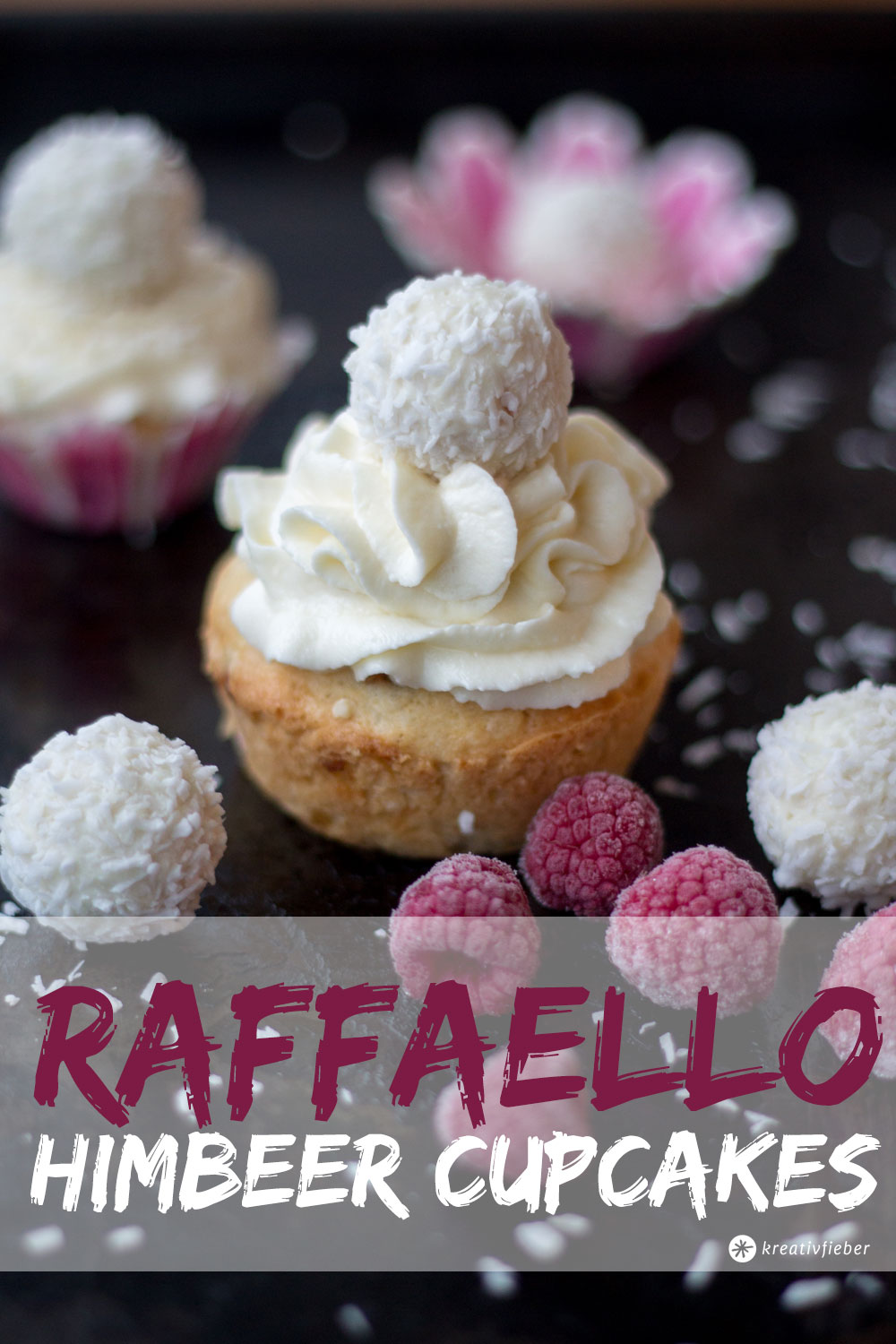 raffaello himbeer cupcakes weihnachtsdessert. Black Bedroom Furniture Sets. Home Design Ideas