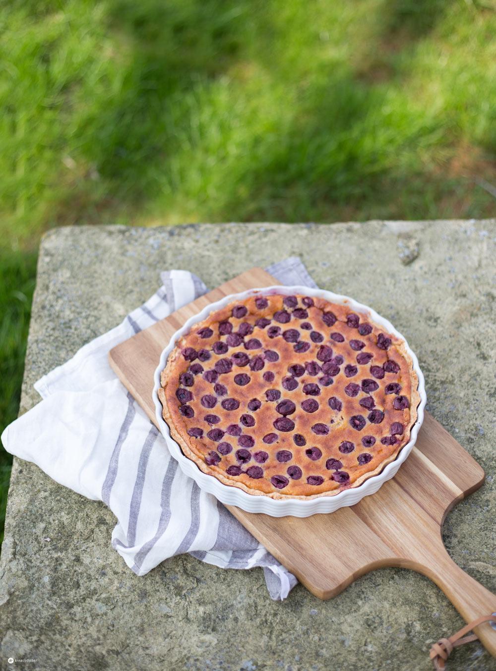 Marzipantarte mit Kirschen - einfaches Rezept