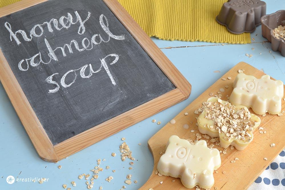 DIY Seife selber machen Honigbärenseife mit Haferflocken