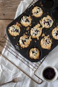 Ricotta Blaubeer Küchlein mit Mandeln - einfaches Rezept