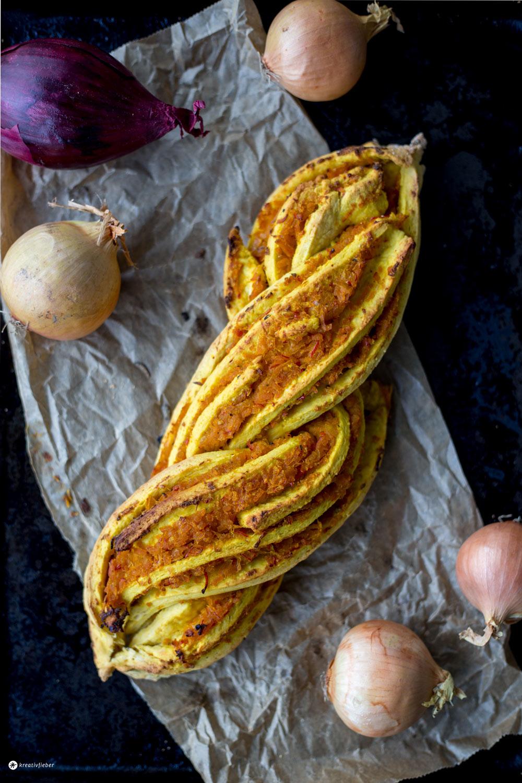 Herzhafter Kürbiszopf mit Kürbis Chutney - leckeres Rezept für Herbst und Winter