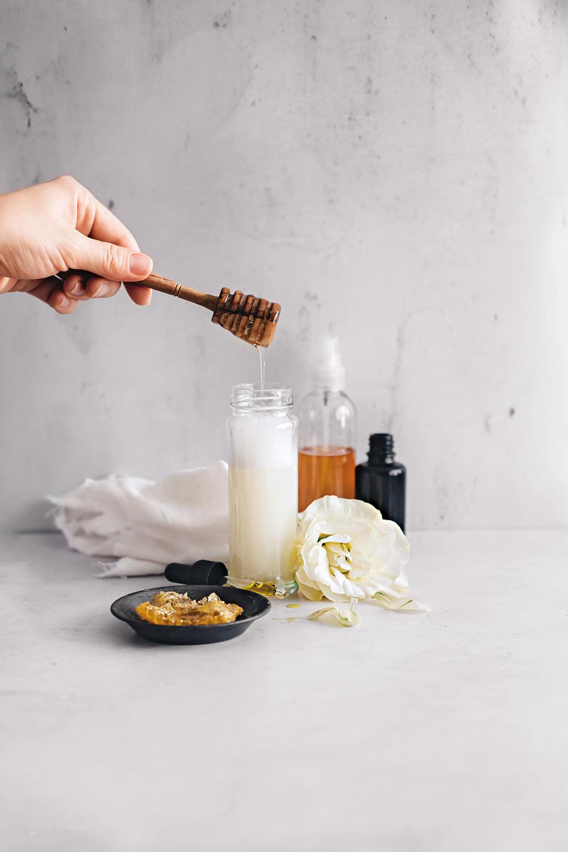Honig Reinigungsschaum - DIY Naturkosmetik aus Hello Glow - Rezension auf Kreativfieber