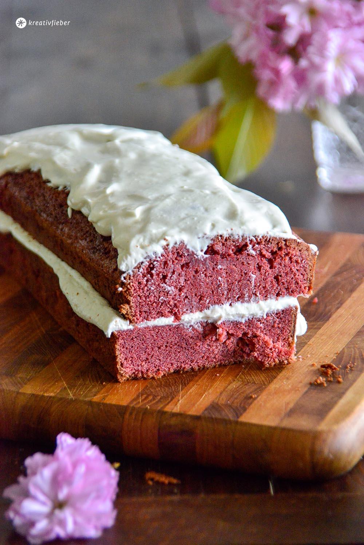kuchen red velvet roter samtkuchen rezept mascarpone frischkäse topping