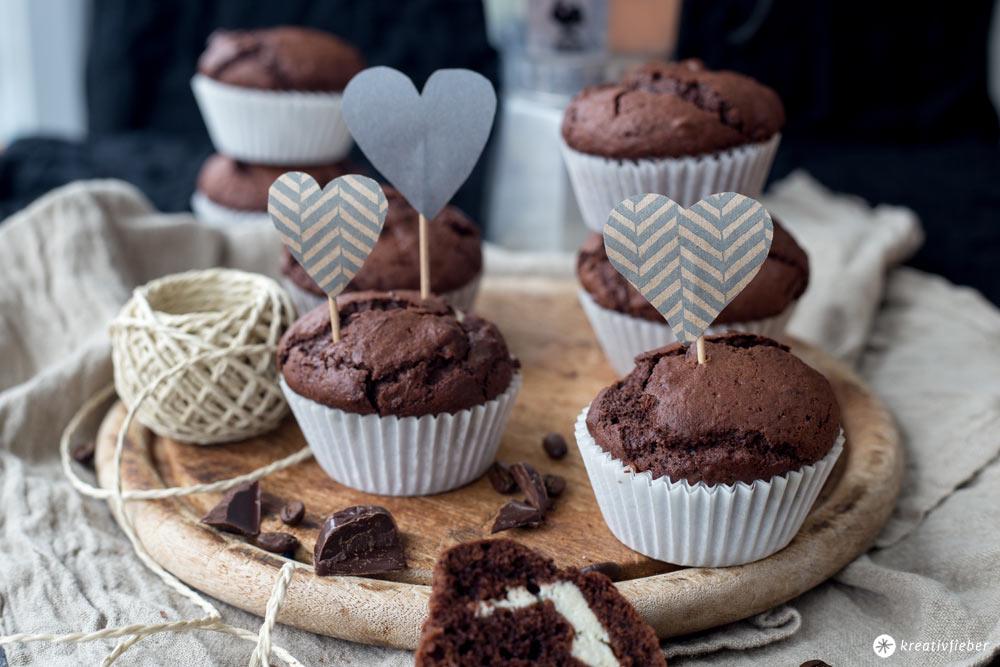 Schoko-Espresso-Muffins mit Cheesecakekern selbermachen - Rezeptidee mit Schokolade