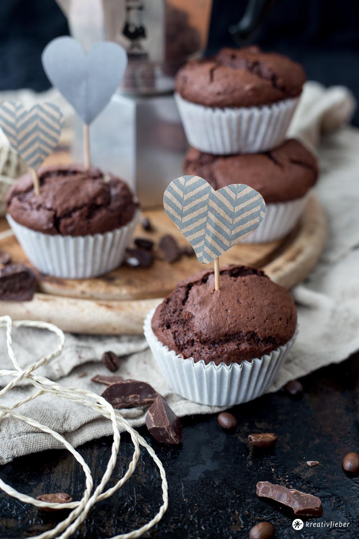 Schoko-Espresso-Muffins mit Cheesecakekern selbermachen - einfache Muffinrezepte