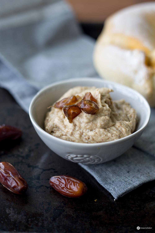Orientalischer Datteldip mit Ras el-Hanout - leckerer Dip zum Grillen - Rezeptideen fürs Grillbuffet