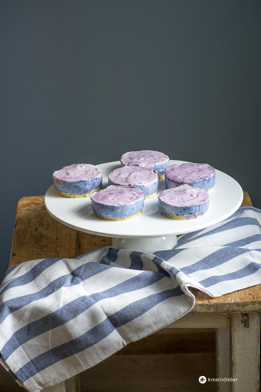 einfaches rezept blaubeer biskuittörtchen