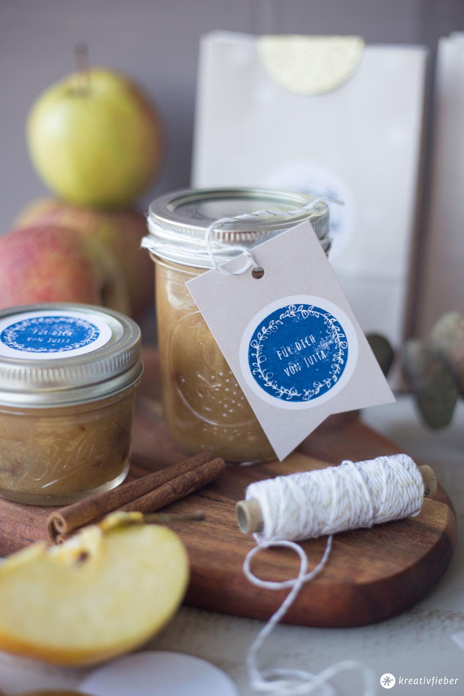 DIY Geschenke aus der Küche - Bratapfelmarmelade - individuelle Stempel für Geschenke mit NIO
