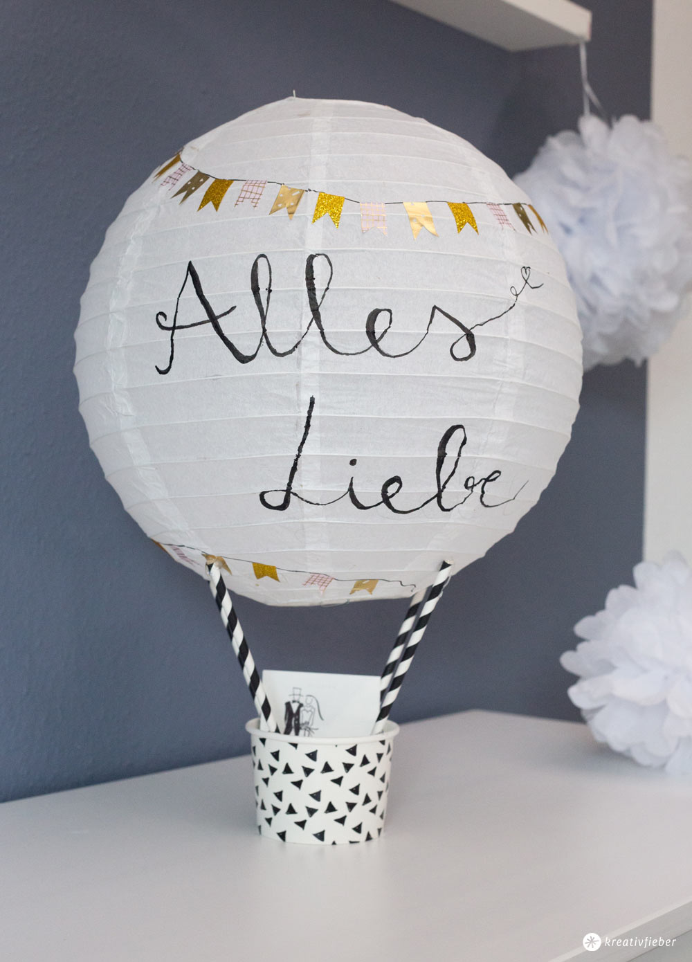 diy geschenkidee zur hochzeit hei luftballon. Black Bedroom Furniture Sets. Home Design Ideas