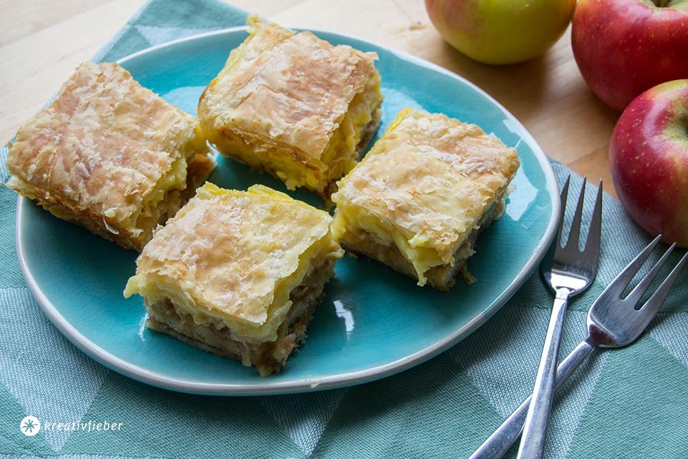 Apfel Puddingschnitten mit Blätterteig