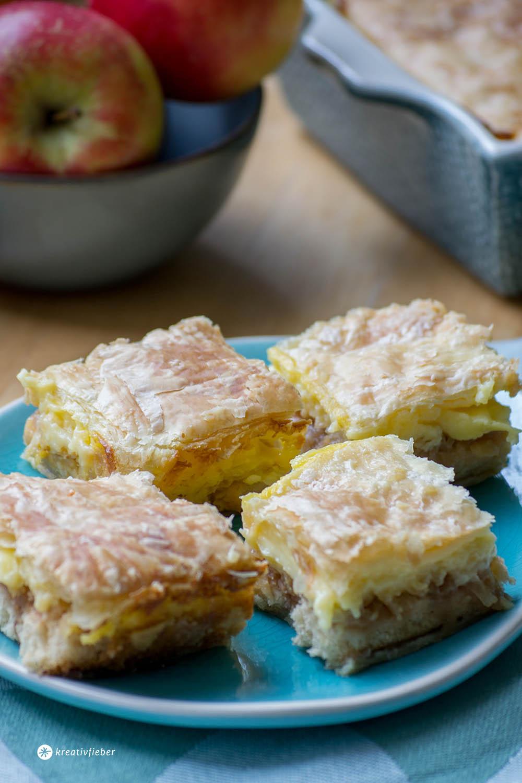 Apfel-Puddingschnitten mit Blätterteig