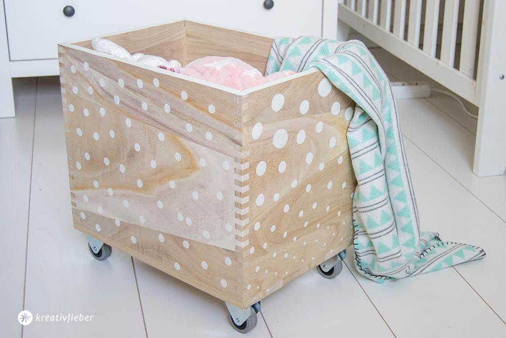 Kiste für Ordnung im Kinderzimmer