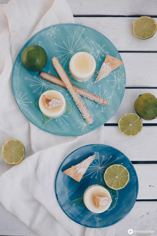 Panna Cotta mit Kokos und Limetten - Dessert Idee - sommerlicher Nachtisch