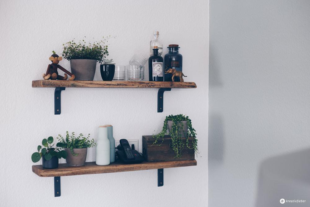 DIY Regal aus alten Holzdielen - altes Holz bearbeiten - Möbel selberbauen - Interior DIY Idee selbermachen - Kreativfieber