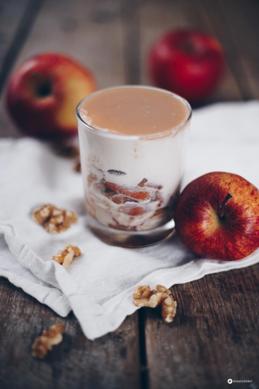 Karamellmousse mit Apfel und Zimt - Dessertrezept auf Kreativfieber
