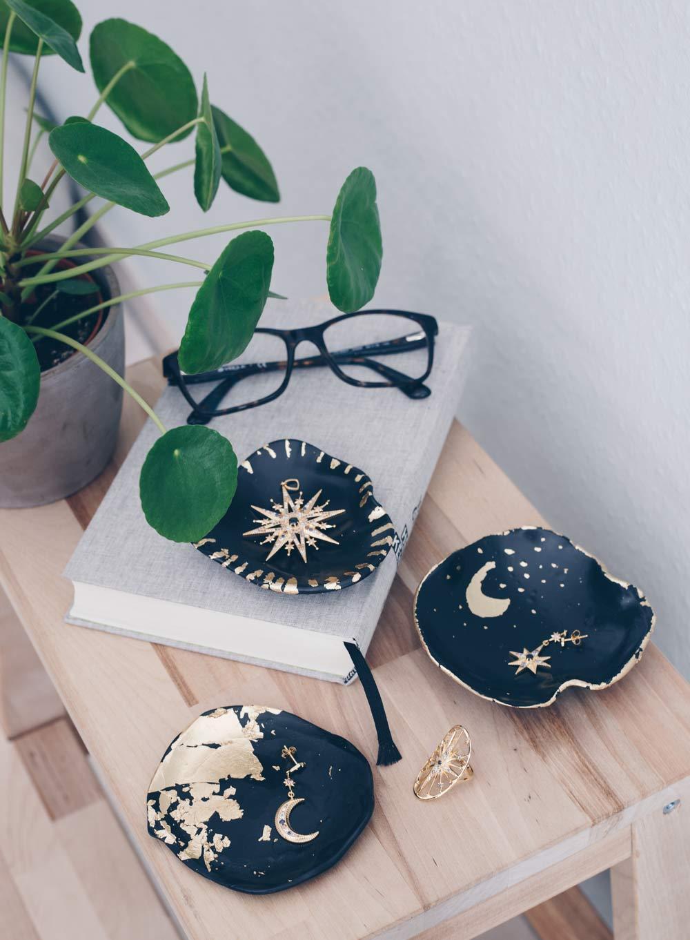 DIY Schmuckschälchen mit Blattgold selbermachen - Keramik Look - schöne DIY Geschenkidee