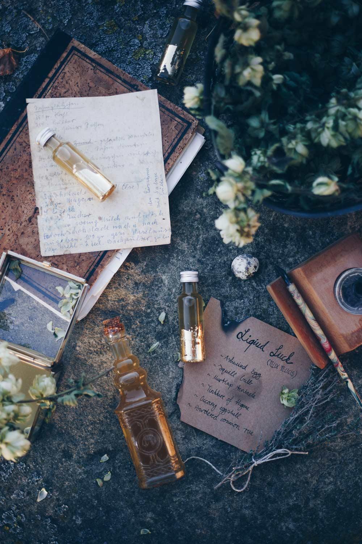 Liquid Luck Potion selbermachen - Felix Felicis - Harry Potter DIY - Geschenke aus der Küche - Honiglikör Rezeptidee