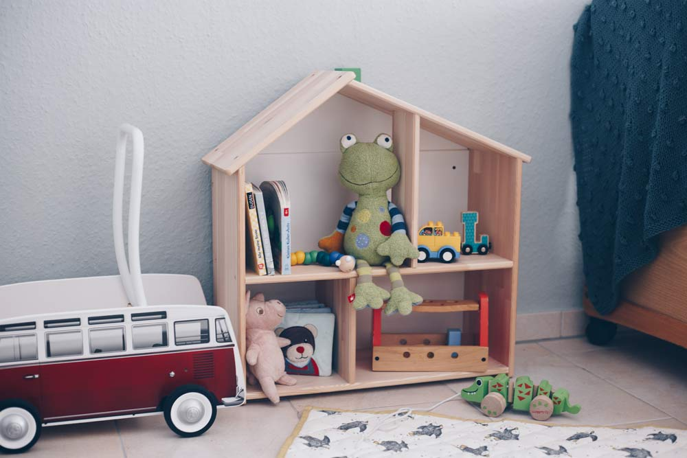 Blick ins Kinderzimmer - DIY Kleiderschrank fürs Kinderzimmer