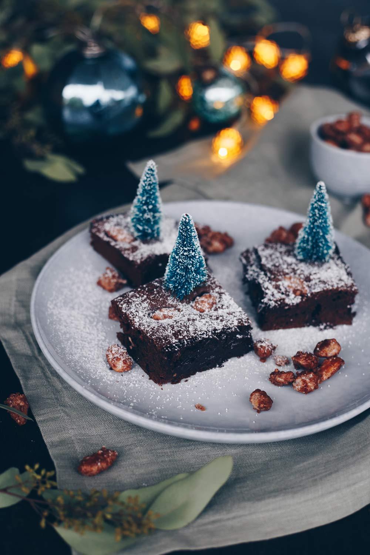 Brownies mit gebrannten Mandeln selbermachen - weihnachtliche Rezepte