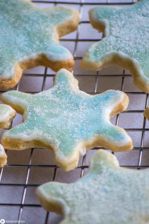 Schneeflocken Kekse Rezept für Frozen Party