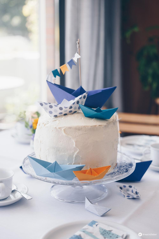 Carrot Cake Tauftorte selbermachen und Kuchenbuffet zur Taufe planen