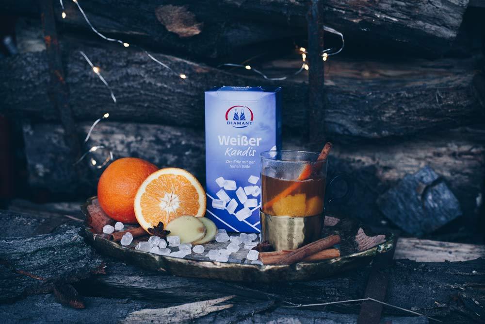 Heißer Ingwer-Kombucha-Punsch mit Kandis und Orangen Rezeptidee alkoholfreien Punsch
