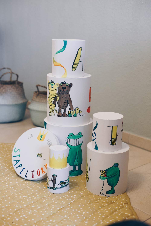DIY Stapelturm selberbasteln zum ersten Geburtstag - Geschenkidee für Kleinkinder