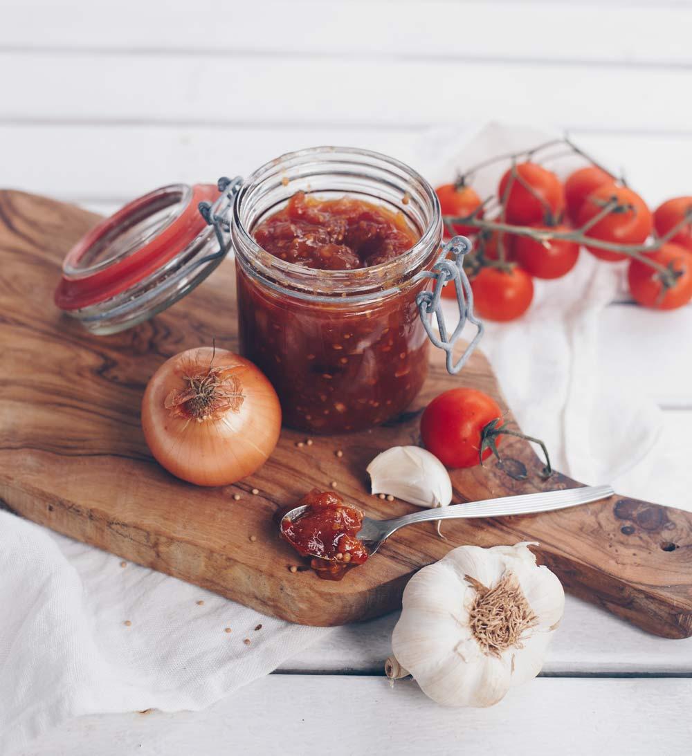 Aprikosen-Tomaten-Chutney selbermachen - Brotaufstrich und Grillbeilage