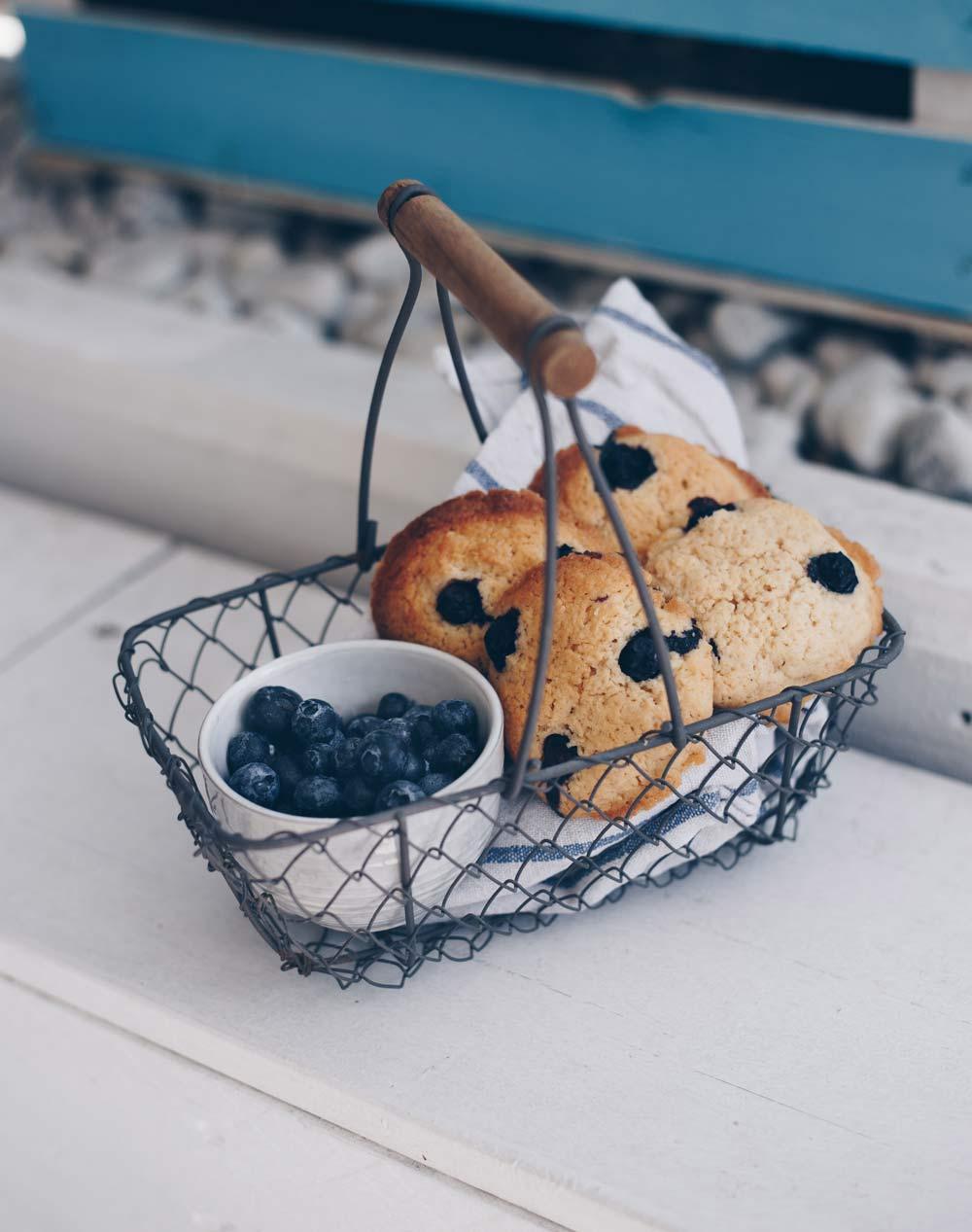 Zitronen-Cookies mit Blaubeeren backen - Rezeptidee